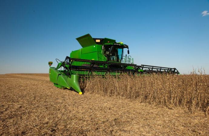 Nueva cosechadora axial John Deere S680
