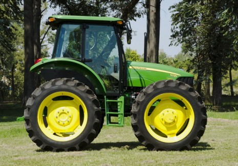 Tractor John Deere 5725AD