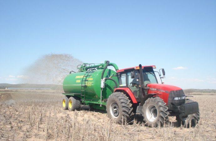 G&P presentó la nueva estercolera Agritech TerraFértil 20000