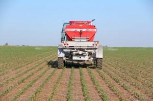 Fertilizadora Fertec Fertil 618