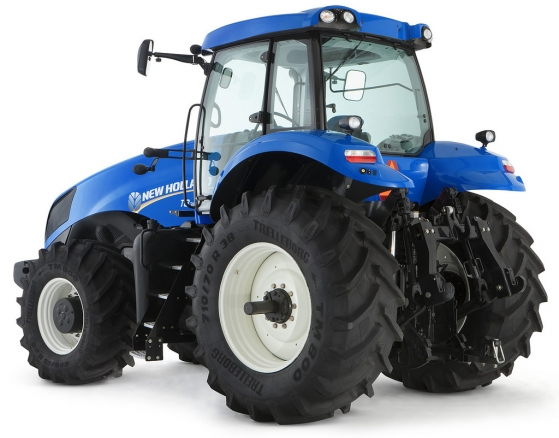 New Holland completó la Línea T8 de tractores de gran potencia