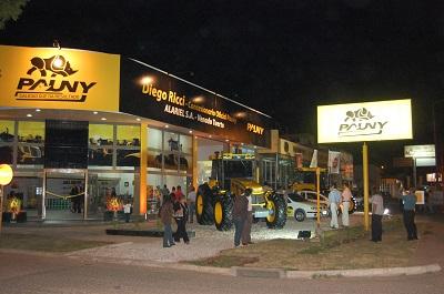 Inauguró concesionario oficial Pauny en Venado Tuerto