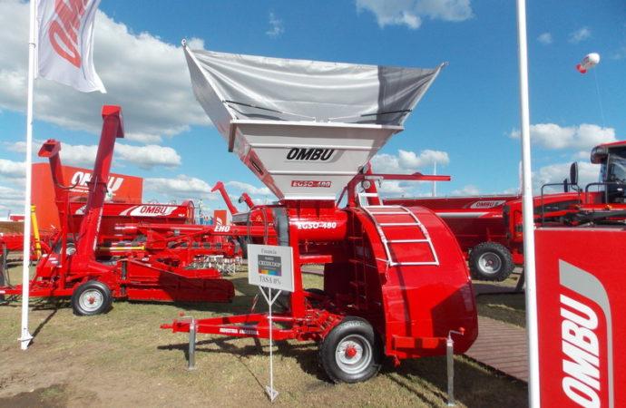 Ombú actualizó la embolsadora de granos