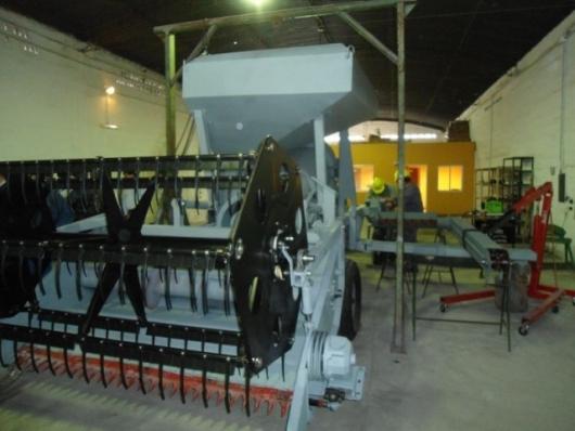 Pymes jujeñas fabricarán una cosechadora en Palpalá