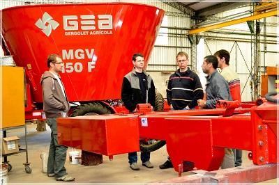DeLaval interesada en el cargador de mixers Gea CM 300