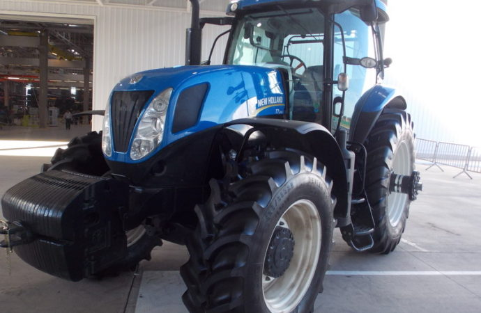 Las importaciones de tractores bajaron 24% en seis meses