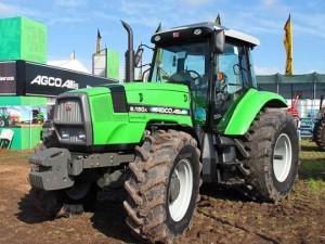 Tractor AGCO