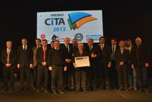 CITA-de-Oro Representantes-de-Mainero-junto-a-los-organizadores-de-CITA