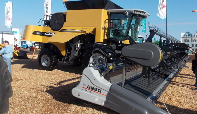 Challenger actualizó la cosechadora axial C 670