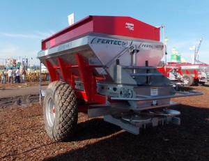 Fertilizadora Fertec Fertil 7500 Serie 4