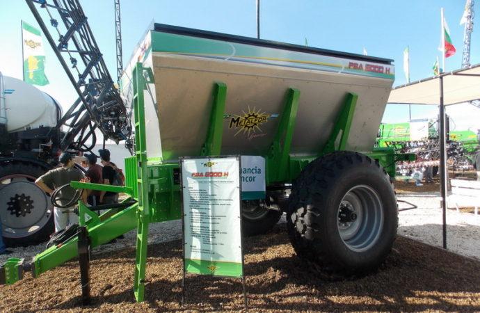 Metalfor agrandó la fertilizadora de arrastre