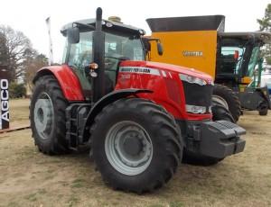 Tractor Massey Ferguson MF 7620
