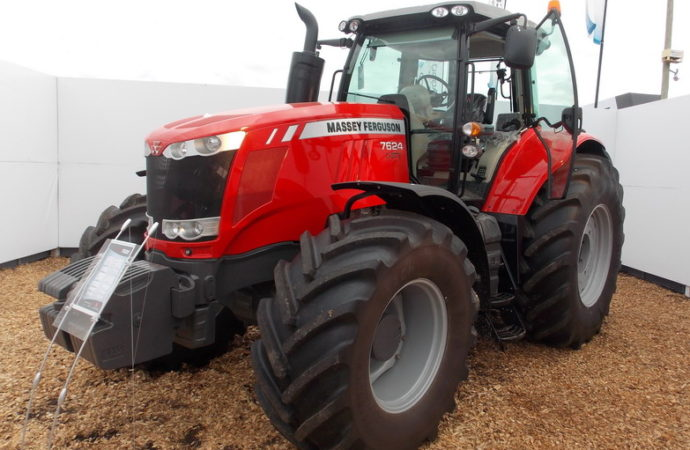 Lo que se viene en tractores y pulverizadoras