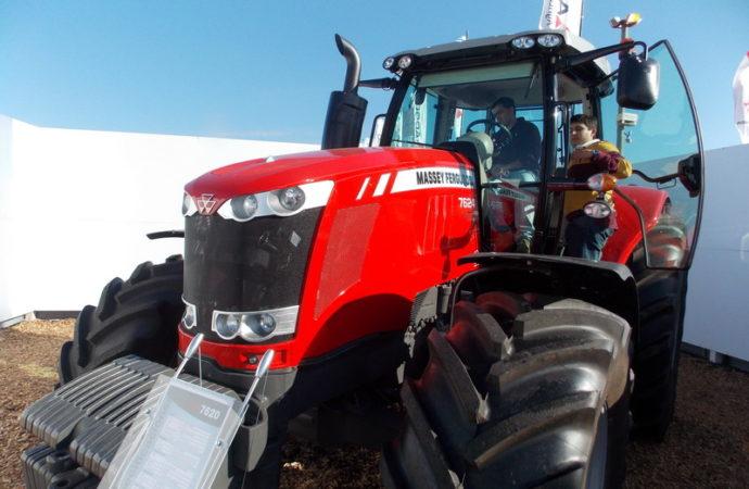 Se vendieron 7.250 tractores en 11 meses