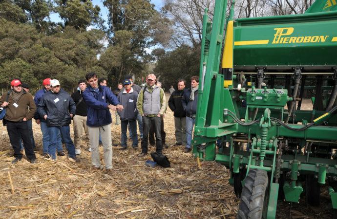 Capacitación y exhibición en Admite Agrícola 2013