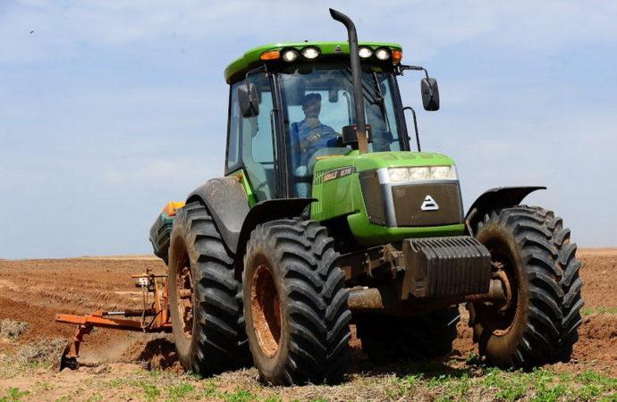 Agrale invertirá U$S 12,5 millones para producir tractores y ómnibus