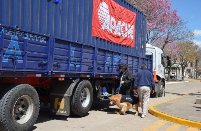 Se inauguró la Aduana en Las Parejas con envíos de maquinaria