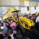 Presentacion del tractor Pauny 180A-2