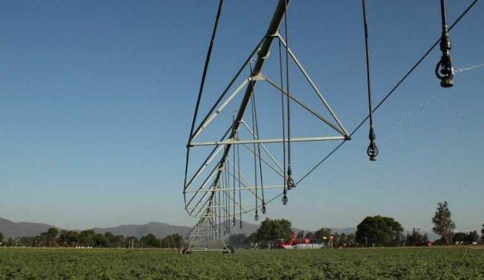 Valmont Argentina fabricará el equipo de riego Valley 8120