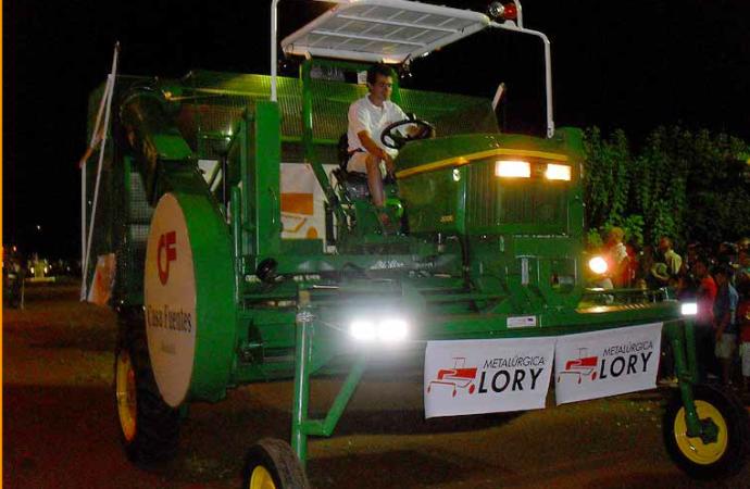 Desarrollan cosechadora de té para optimizar el proceso de recolección