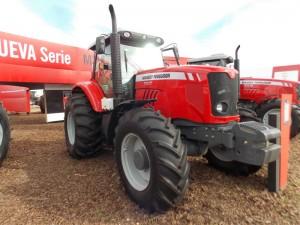 Tractor Massey Ferguson MF 7017