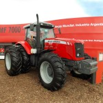 Tractor Massey Ferguson MF 7021