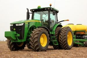 Tractor John Deere 8335R