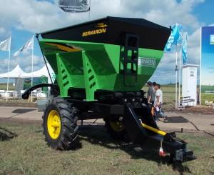 Fertilizadora Bernardin Conqueror FA-5000