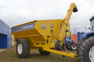 Tolva New Holland 20000