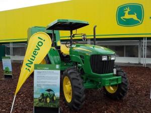 Tractor John Deere 5082E