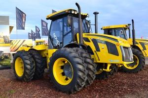 Tractor Pauny Novo 580