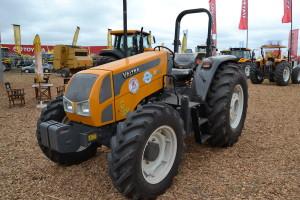 Tractor Valtra E800