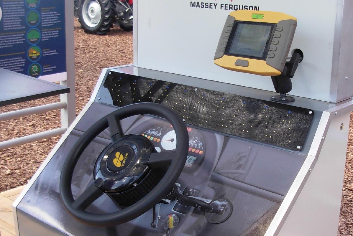 Massey Ferguson - Piloto automático