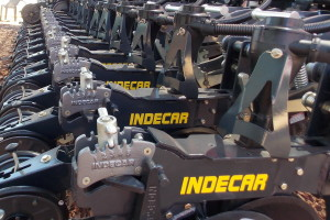 Sembradora Indecar TA4300