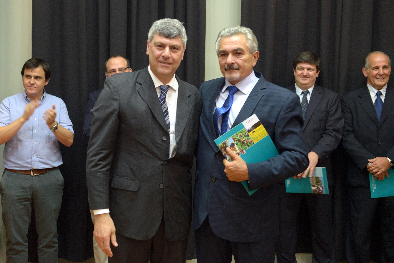 Néstor Amadeo Nicora y Mariano Bosch