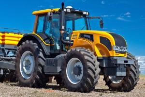 Valtra tractor VH 1351