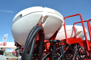 Sembradora Crucianelli Air Planter - Tolvas