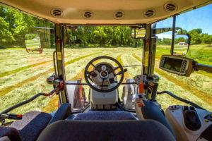 tractor-massey-ferguson-mf-6713-cabina